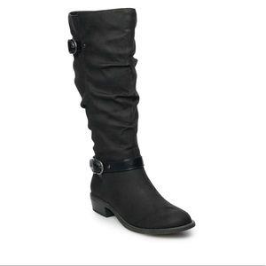 Black riding boots!